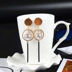 UO Special Gold Pearl Drop Earrings